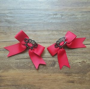 HT | Red Bows Black Love Brass Knuckles